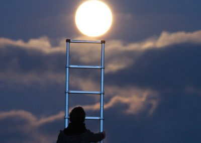 La Lune… and its effect on the French
